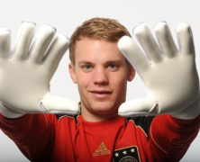 Arsenal Target Neuer For Next Season