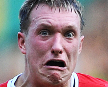 United Offered Arsenal Jones Swap For Vermaelen